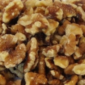 Walnuts, Halves and Pieces